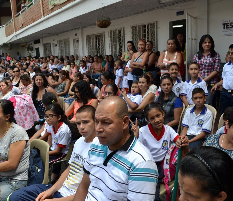https://concejodeitagui.gov.co/wp-content/uploads/2020/10/FOTO-53-990x853.jpg